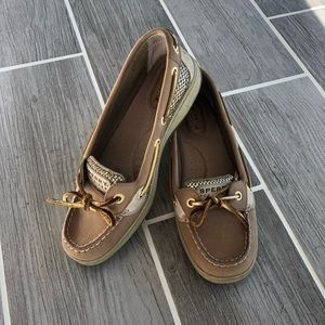 Sperry Topsider Angel Fish Boat Shoes Gold Accent